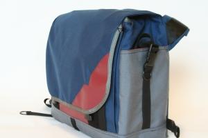 Medium Messenger Prize Bag